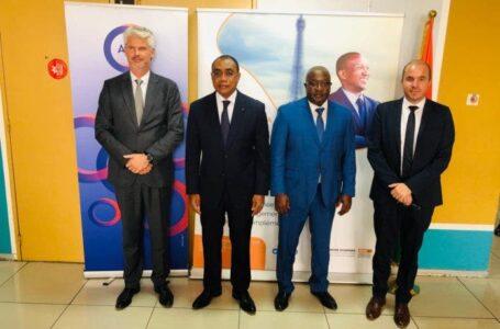 Côte d'Ivoire : accord de coopération technique entre l'AFD, la CDC-CI et Expertise France